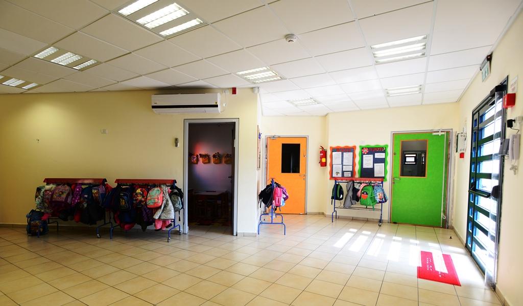כניסה לגן הילדים