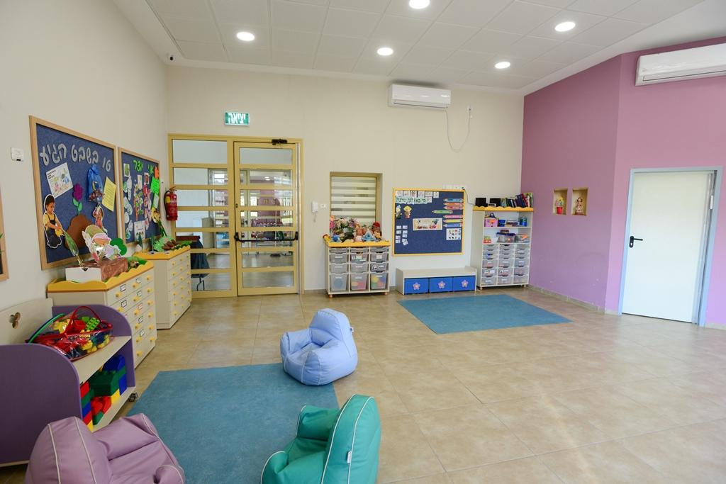 שטח פעילות לילדים