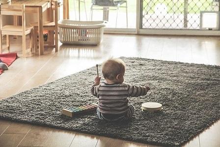פיתוח כישורי שפה בתינוקות וילדים